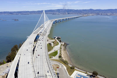 Bay Bridge with very sparse traffic in April 2020